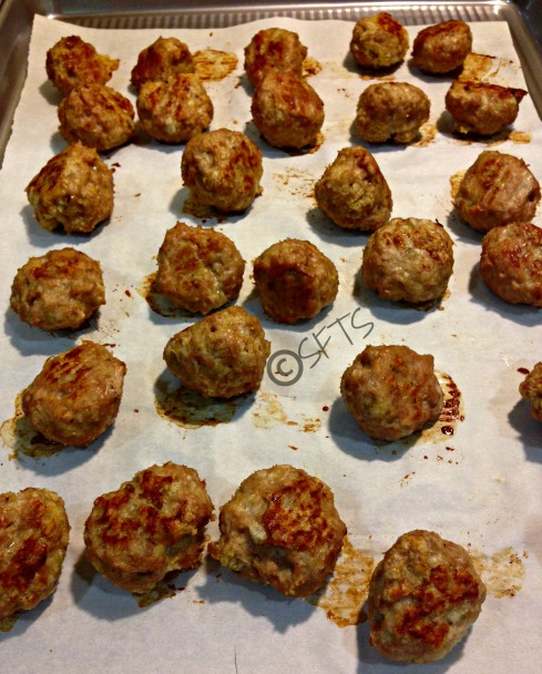 Baked-Healthy-Chicken-Meatballs