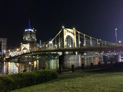 Roberto-Clemente-Bridge-Pittsburgh-Night